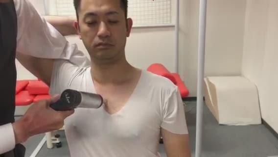 肩関節 即効性調整(胸鎖関節・胸肋関節)