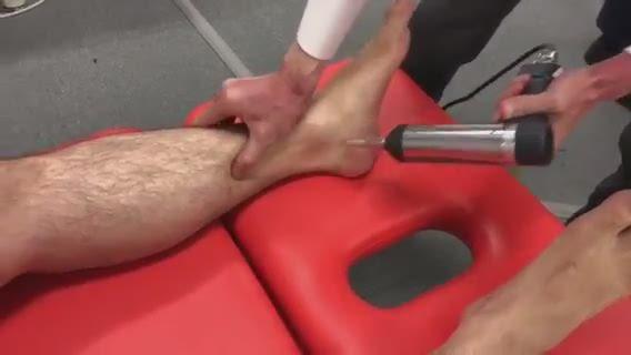 腰痛調整(下腿)