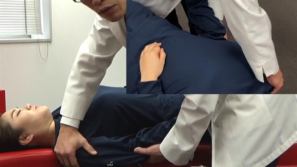 胸部回旋変位(上向き)