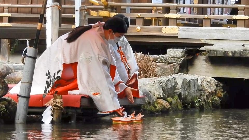 上賀茂神社の桃花神事(2021年3月3日 京都市北区)